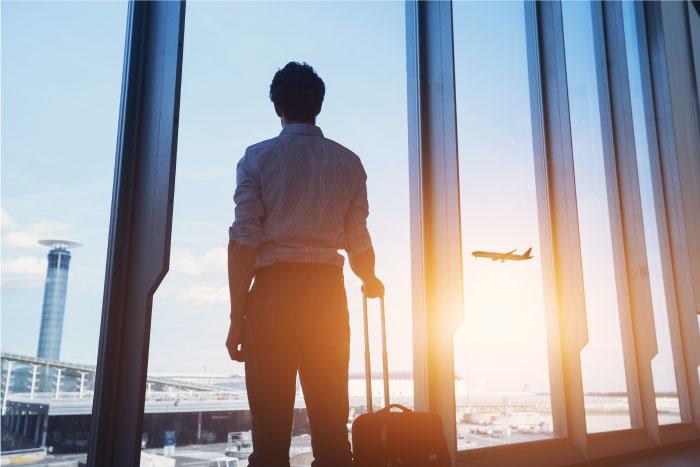 海外転職に挑戦する人は年々増えています